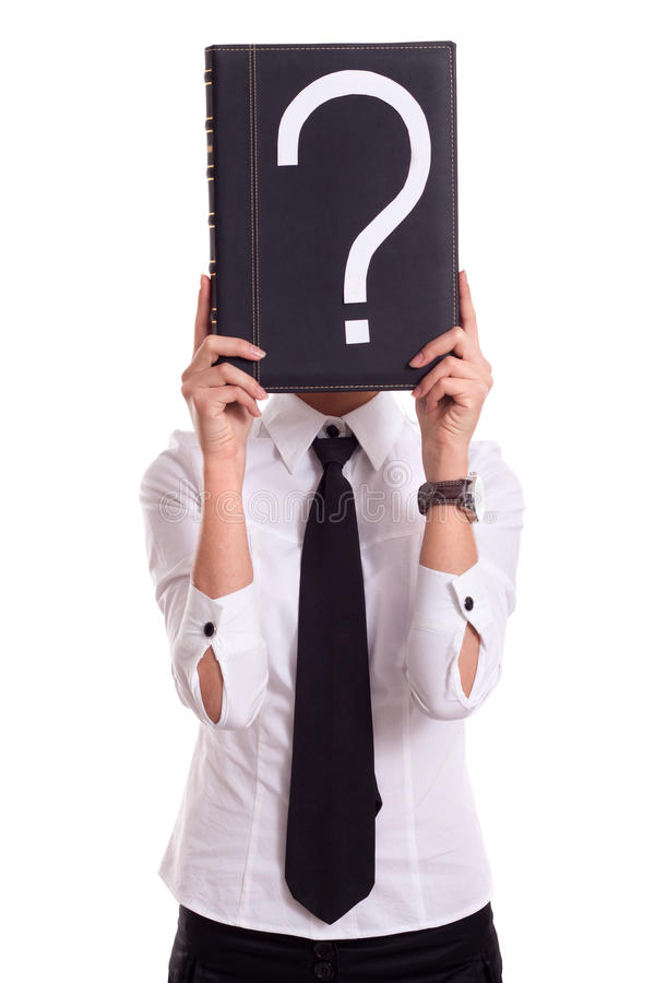 Geschäftsfrau mit Fragenbuch lizenzfreie stockfotografie