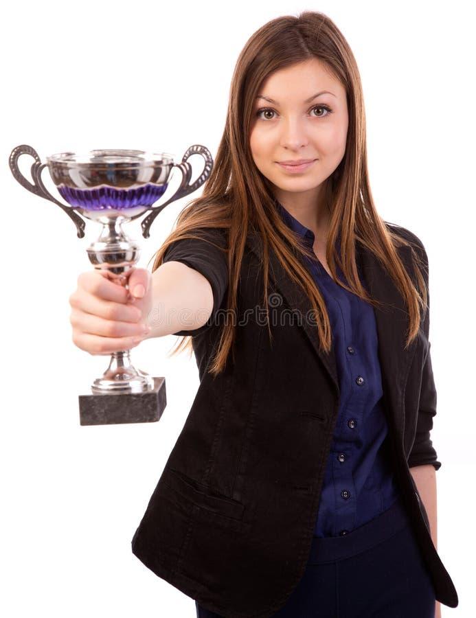 Geschäftsfrau mit Trophäe lizenzfreies stockfoto