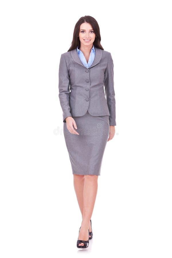 Geschäftsfraugehen stockfoto