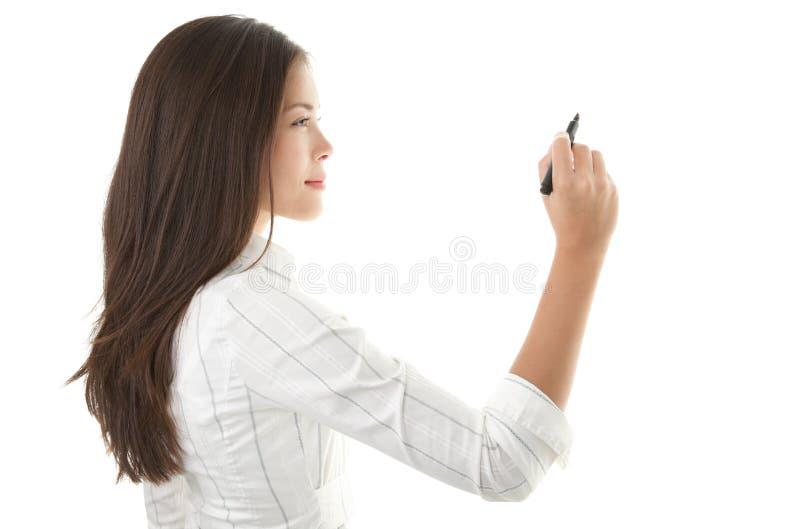 Geschäftsfrauschreiben auf Exemplarplatz lizenzfreies stockfoto