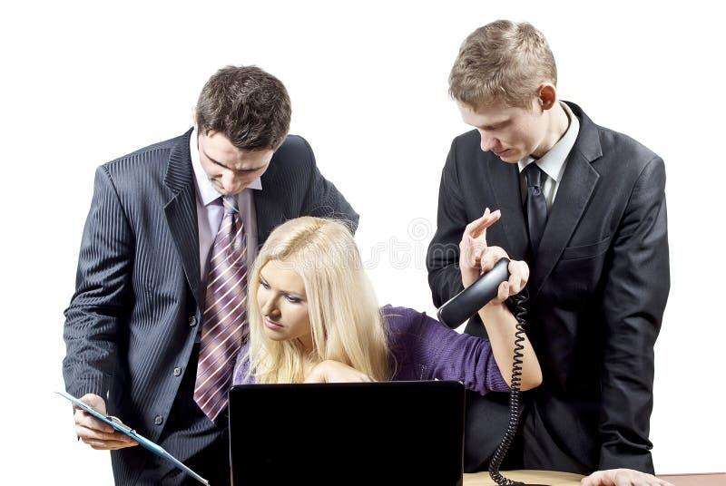 Geschäftskollegen im Hintergrund stockbilder