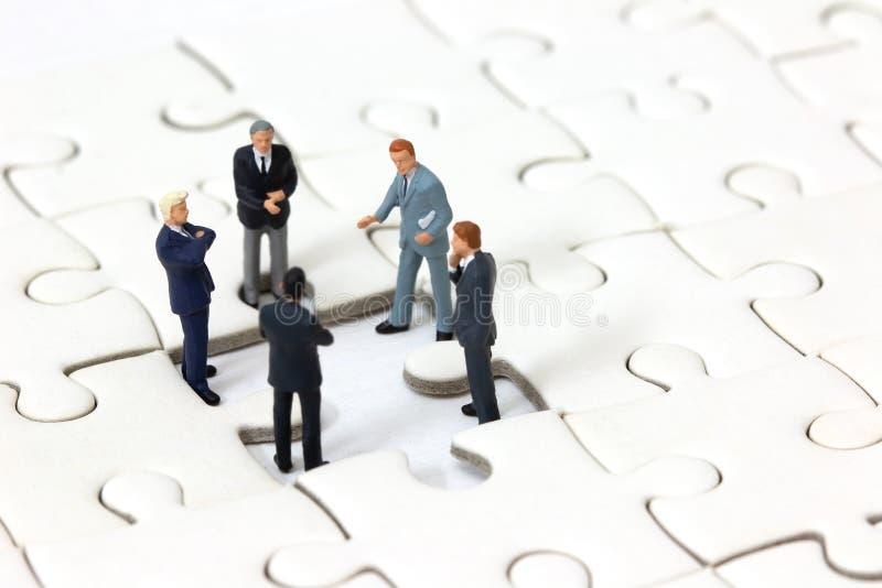 Geschäftslösung und Teamwork-Konzept stockfotos