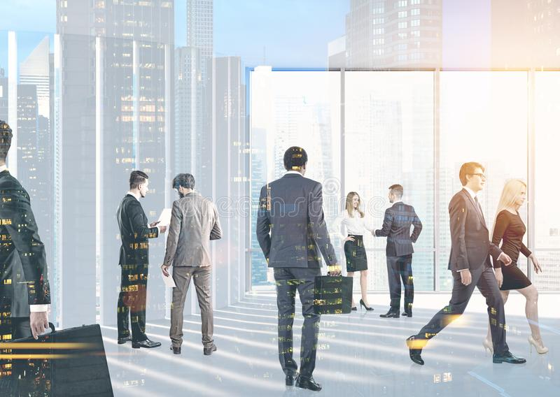 Geschäftsleute in ihrer Bürolobby, Stadtbild stockbilder
