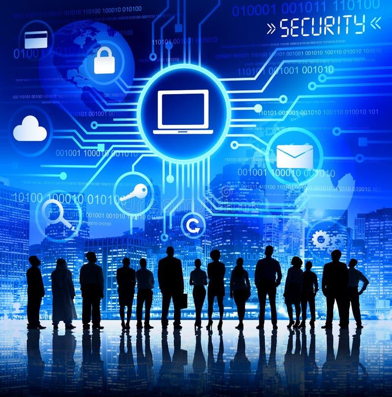 Geschäftsleute mit Informationssicherheits-Konzept lizenzfreie stockfotografie