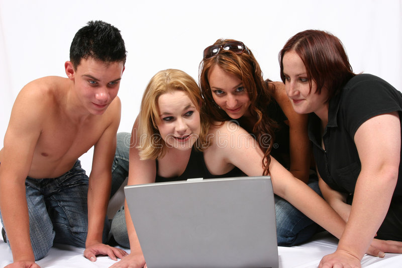 Geschäftsleute mit Laptop lizenzfreies stockbild