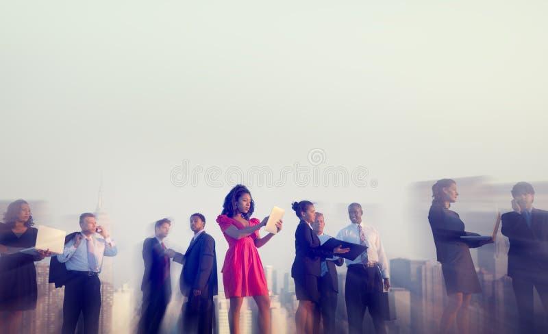 Geschäftsleute New York Sitzungs-Konzept-im Freien lizenzfreie stockfotografie
