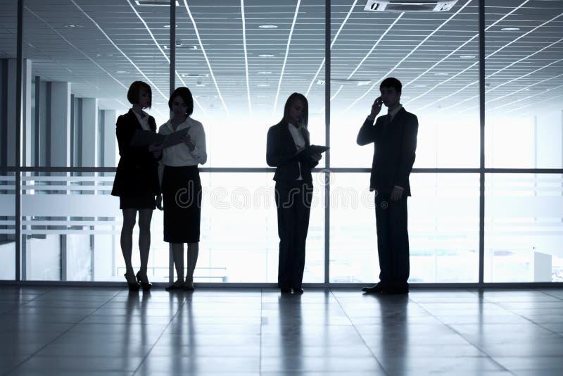 Geschäftsleute Schattenbilder lizenzfreie stockfotos
