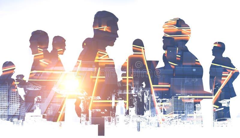 Geschäftsleute Schattenbilder, glühender Stadtplan lizenzfreie stockfotos
