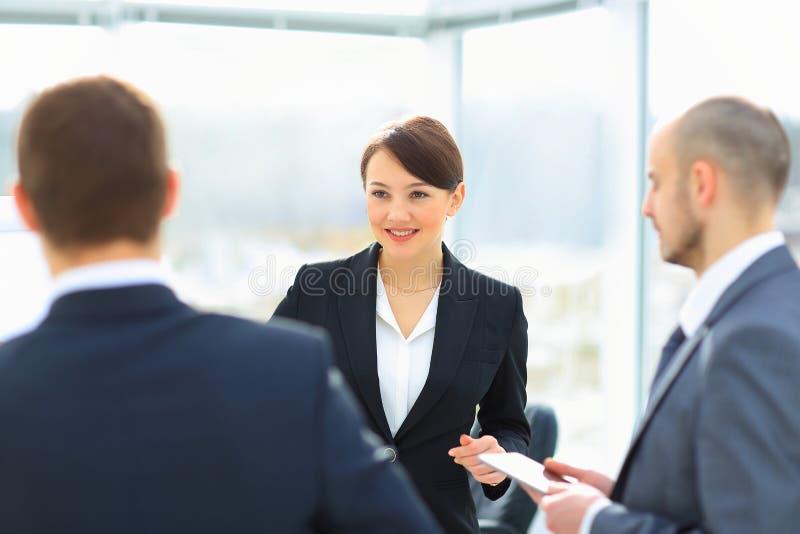 Geschäftsleute Treffen stockbild