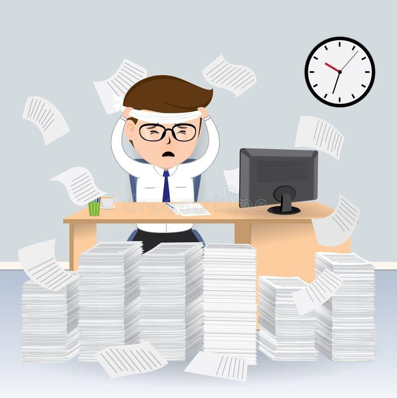 Geschäftsmann beschäftigt auf seinem Schreibtisch mit Stapel von Papieren lizenzfreie abbildung