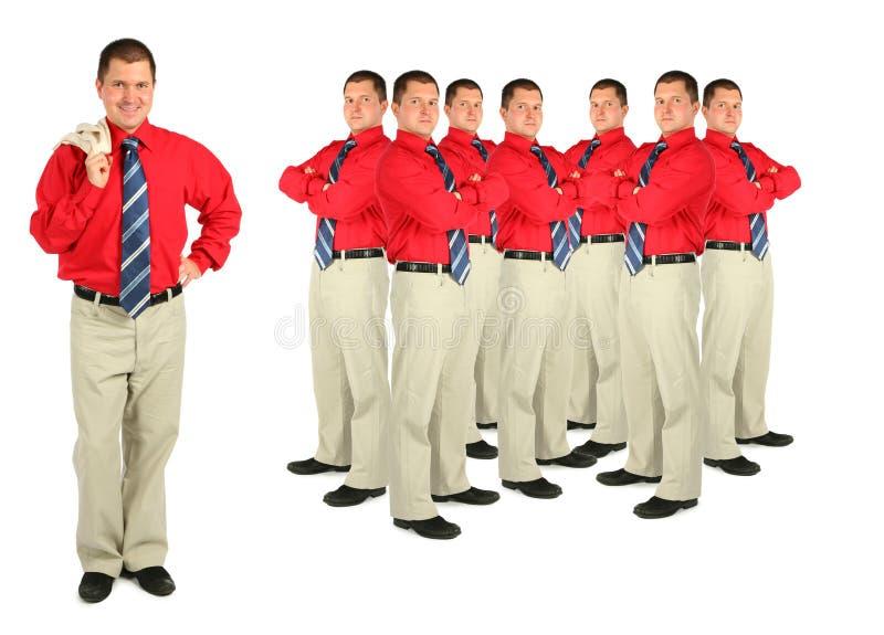 Geschäftsmann in der roten Hemd- und Massecollage lizenzfreie stockfotografie