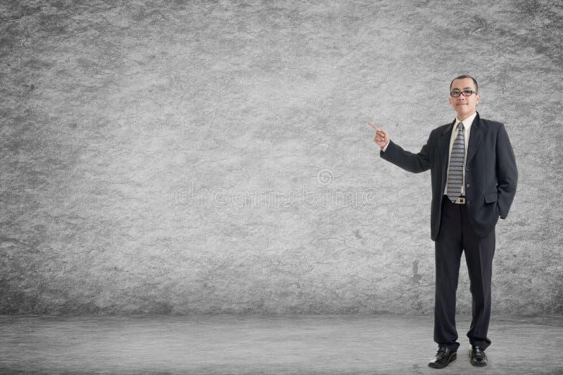 Geschäftsmann führen ein stockfotografie