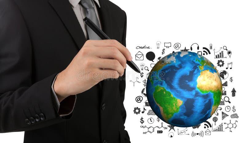 Geschäftsmann-Handzeichnungs-Erfolgsdiagramm mit Erde stockfoto