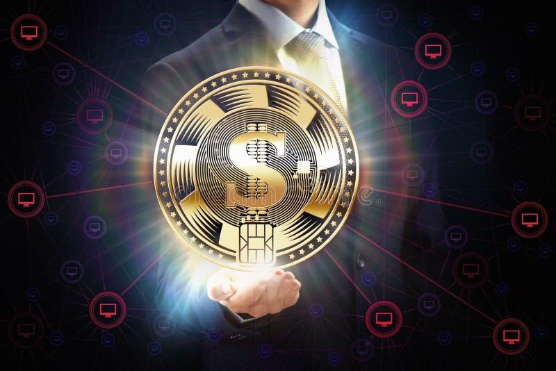 Geschäftsmann mit Blockkette biss Schlüsselwährungsmünzengeschäftsnetzbergbau-Konzeptdesign in der Hand stockbilder
