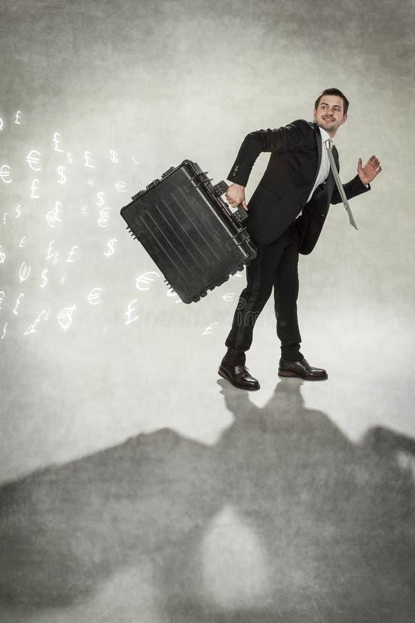 Geschäftsmann mit dem Koffer lizenzfreies stockfoto