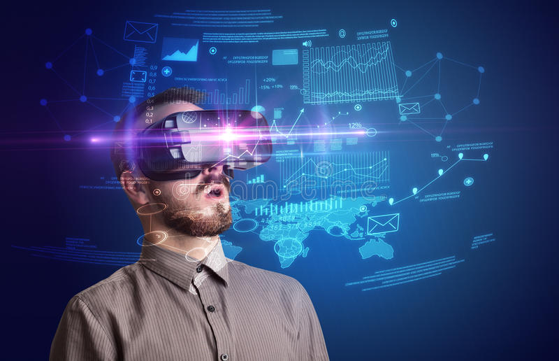 Geschäftsmann mit Schutzbrillen der virtuellen Realität lizenzfreie stockfotos