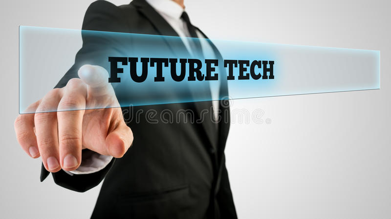 Geschäftsmann Ticking ein Glas mit zukünftigem Technologie-Aufkleber stockfotografie