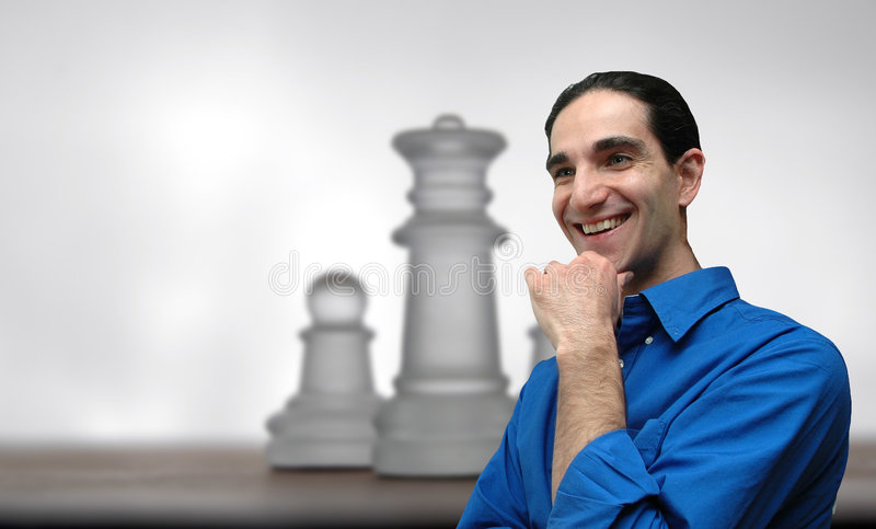 Geschäftsmann und chess-4 lizenzfreies stockbild
