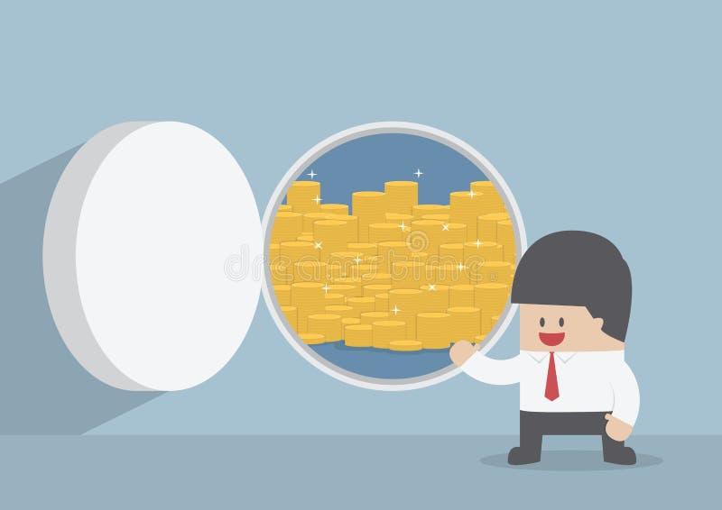 Geschäftsmann und geöffnete Tresortür mit Goldmünzen lizenzfreie abbildung