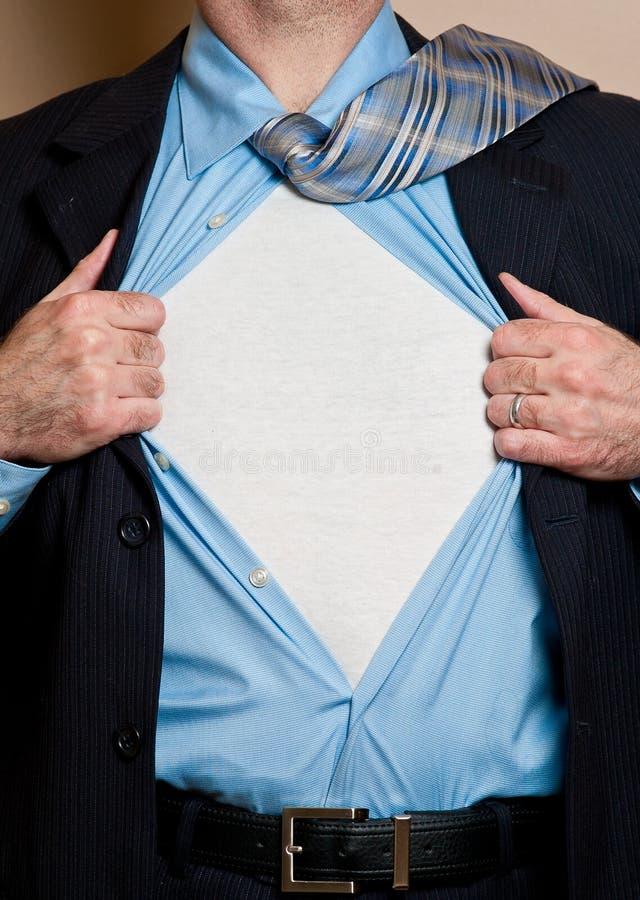 Geschäftsmannheld öffnet Hemd. lizenzfreie stockfotos