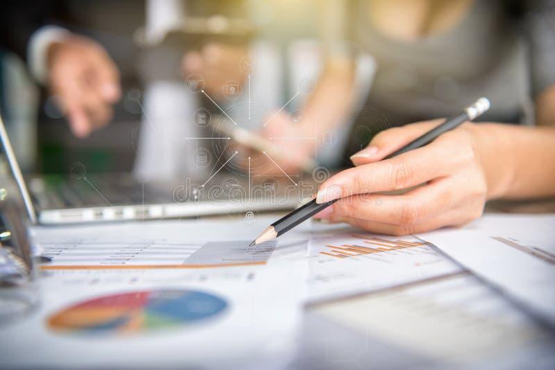 Geschäftsmannherstellung lizenzfreies stockfoto