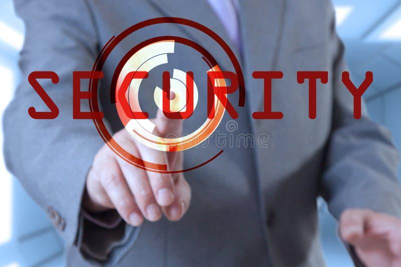 GeschäftsmannTouch Screen Sicherheit stockfotografie