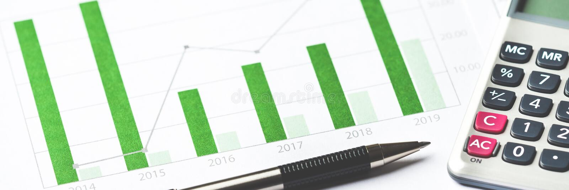 Gesch?ftsdiagramm, das Finanzerfolg zeigt lizenzfreie stockfotos