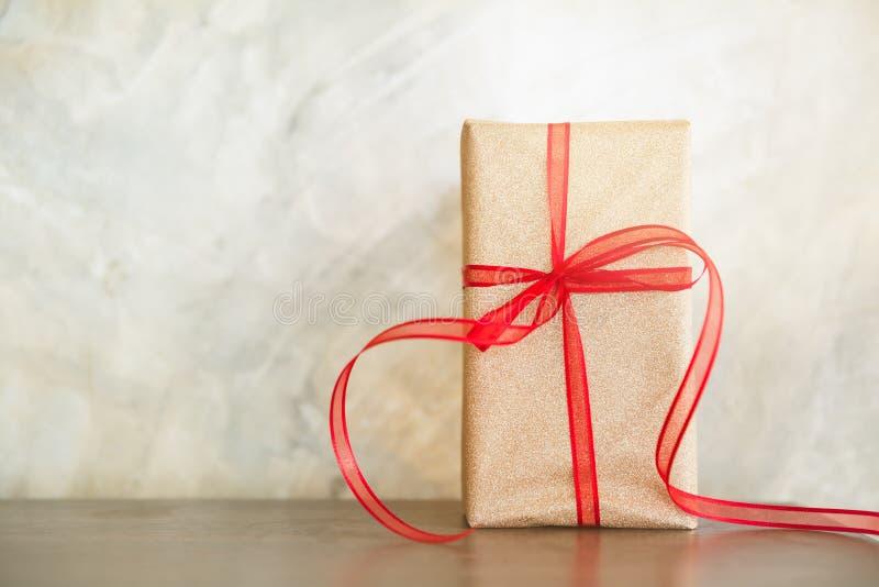 Geschenk für besondere Anlässe stockfoto