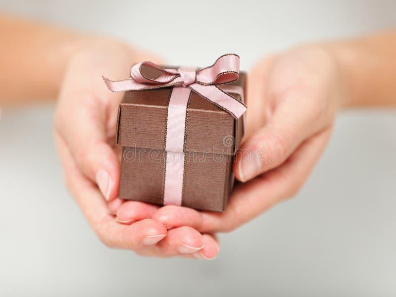 Geschenk/Geschenk lizenzfreies stockfoto