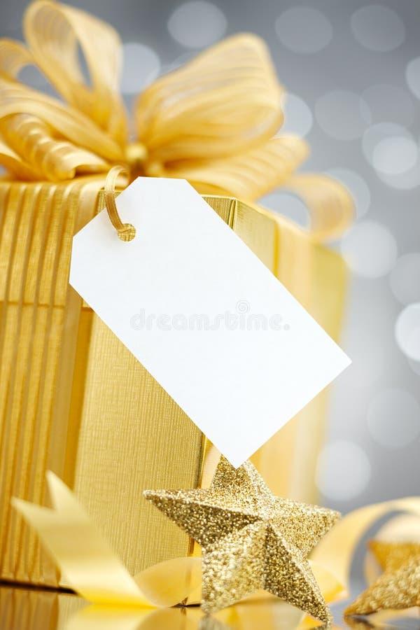 Geschenk mit Marke stockbilder
