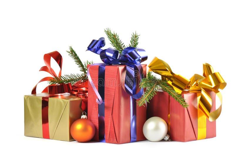 Geschenk und Flitter getrennt stockbild