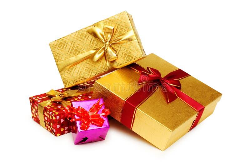 Geschenkkästen getrennt lizenzfreie stockfotografie
