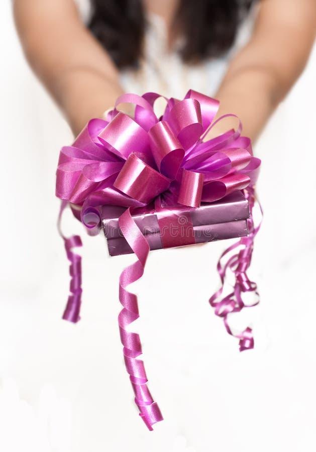 Download Geschenkkasten stockfoto. Bild von jahrestag, winter - 12202182