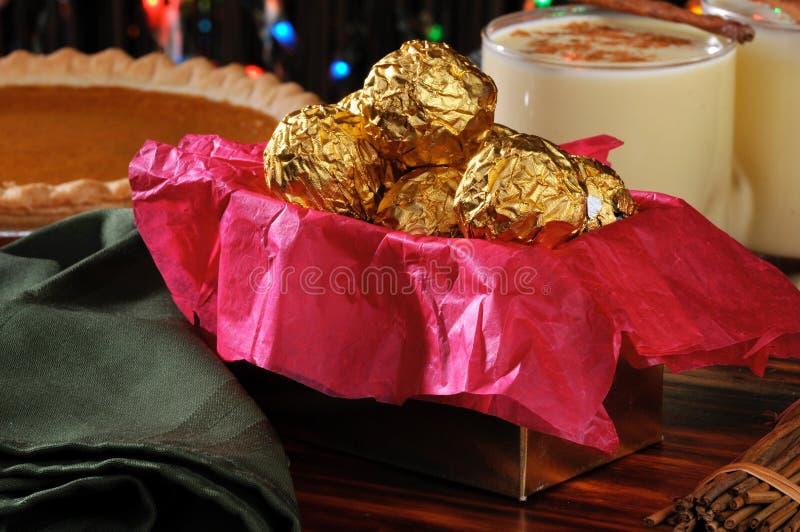 Geschenkkasten Weihnachtsschokoladen lizenzfreie stockfotografie