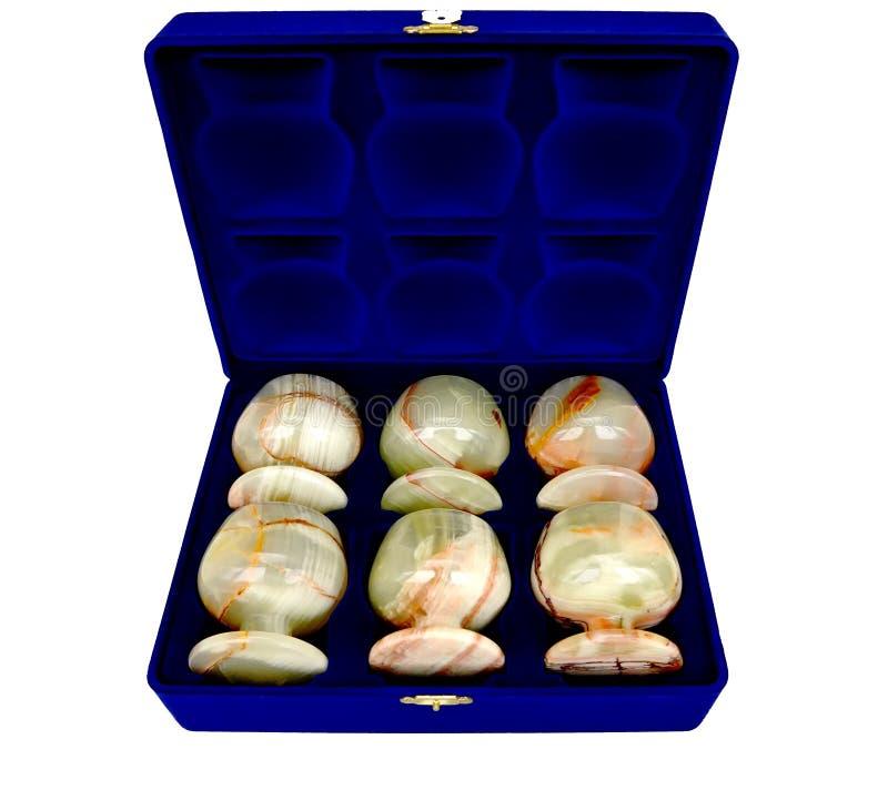 Geschenksatz Gläser vom Onyx auf einem weißen Hintergrund lizenzfreies stockfoto