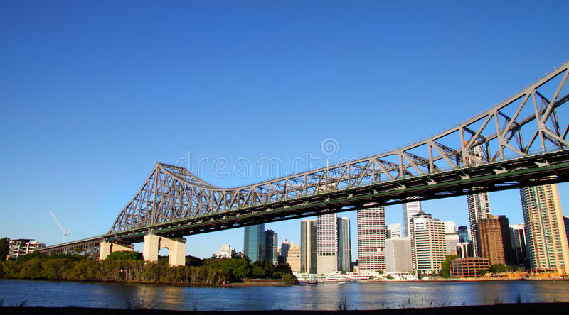 Geschichte-Brücke lizenzfreies stockbild