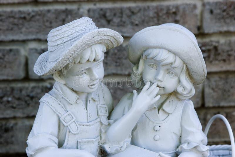 Download Geschichtesagen stockbild. Bild von gesicht, statue, garten - 868471