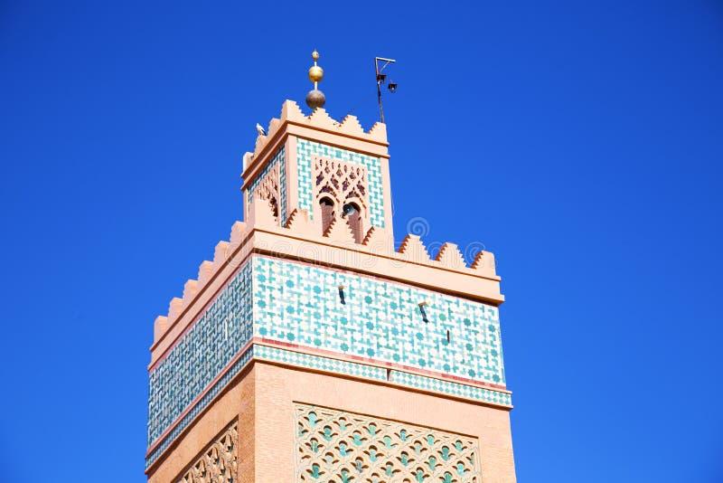 geschiedenis in maroc Afrika en de blauwe hemel stock afbeeldingen