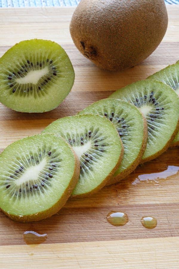 Geschikt het portret zijdetail van het kiwifruit plakken stock foto's
