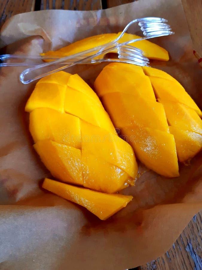 Geschmackvoll aussehend Mango lizenzfreies stockfoto