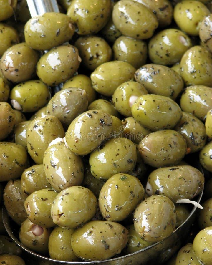Geschmackvolle Oliven stockfotografie
