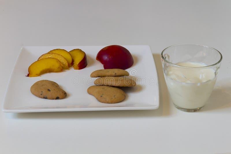 Geschmackvolles Frühstück Haus gemacht lizenzfreies stockfoto