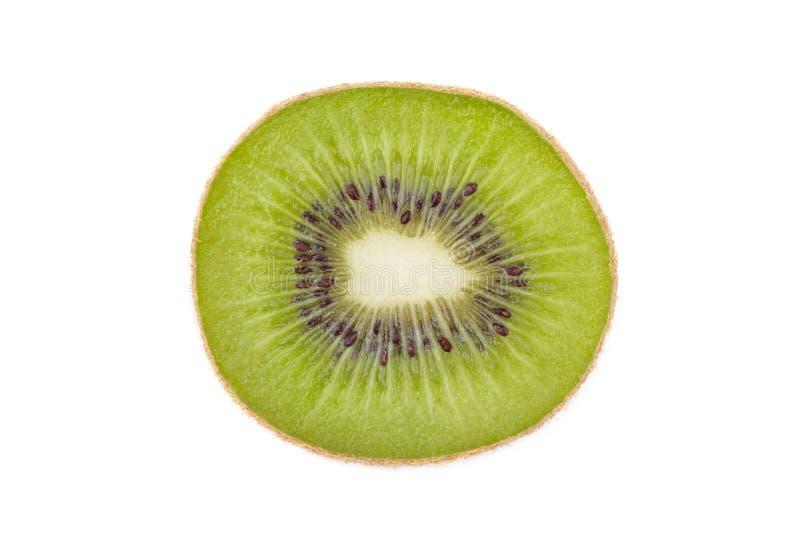 Geschnittene Kiwi lokalisiert auf weißem Hintergrund stockfotografie