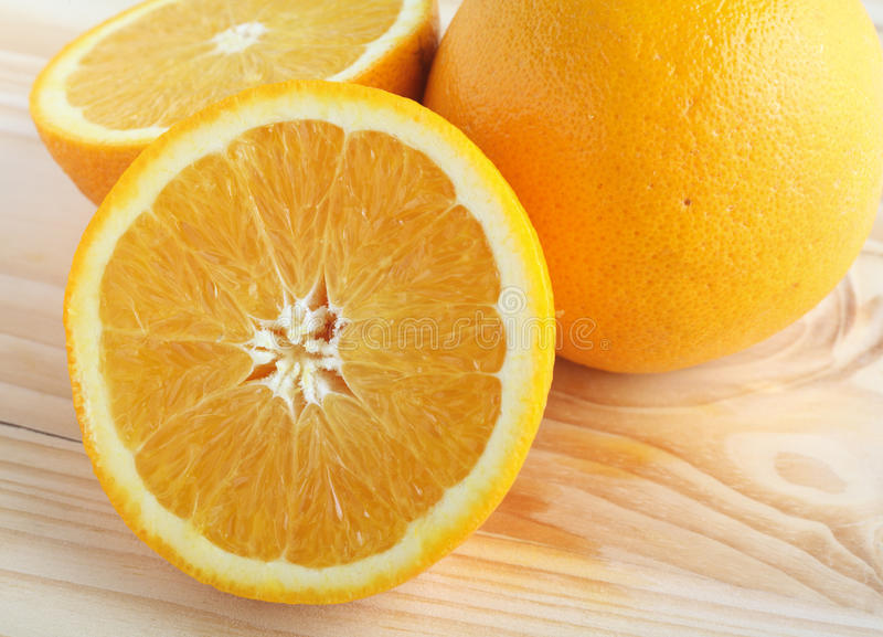 Geschnittene Navel-Orange lizenzfreie stockfotos