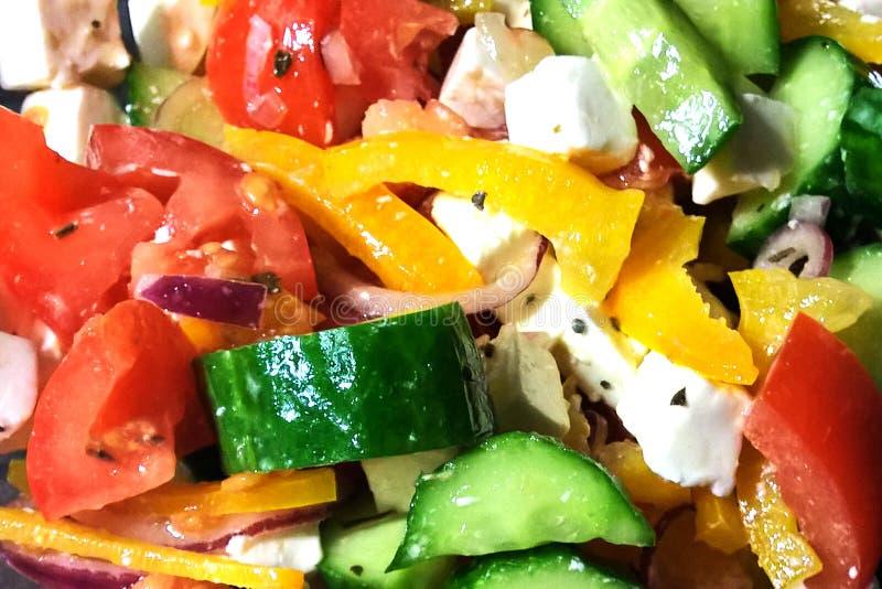 Geschnittener saftiger Gemüsesalat lizenzfreies stockfoto