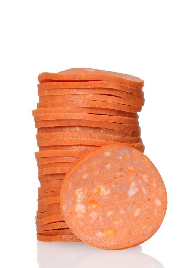 Geschnittener Stapel Pepperonis stockbild