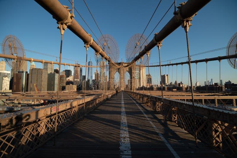 Geschoten van de Brug van Brooklyn bij zonsopgang stock foto