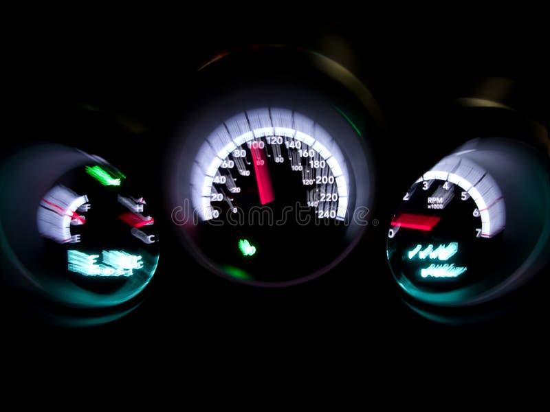 Geschwindigkeitsmesserautoinnenraum stockfotografie