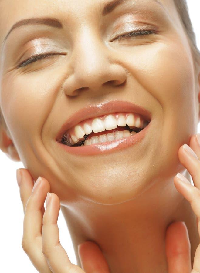Gesicht der schönen Frau mit sauberer Haut stockbild