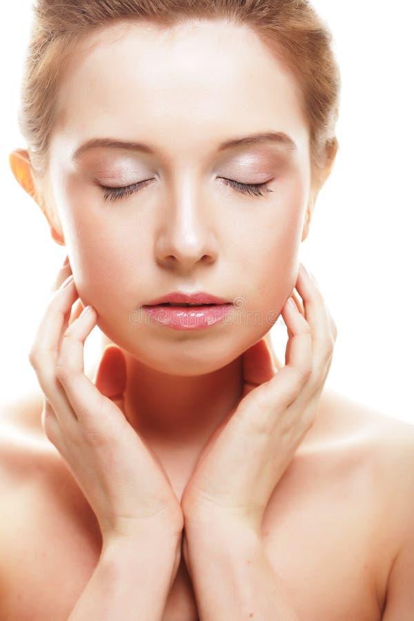 Gesicht der schönen Frau mit sauberer Haut lizenzfreies stockbild